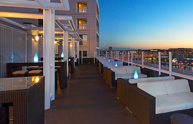 10 Stylish Rooftop Bars